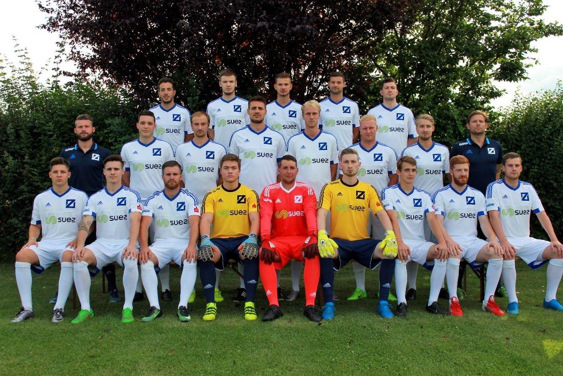 Die Verbandsligamannschaft des SV Blau-Weiß Zorbau